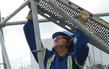 scaffolder working
